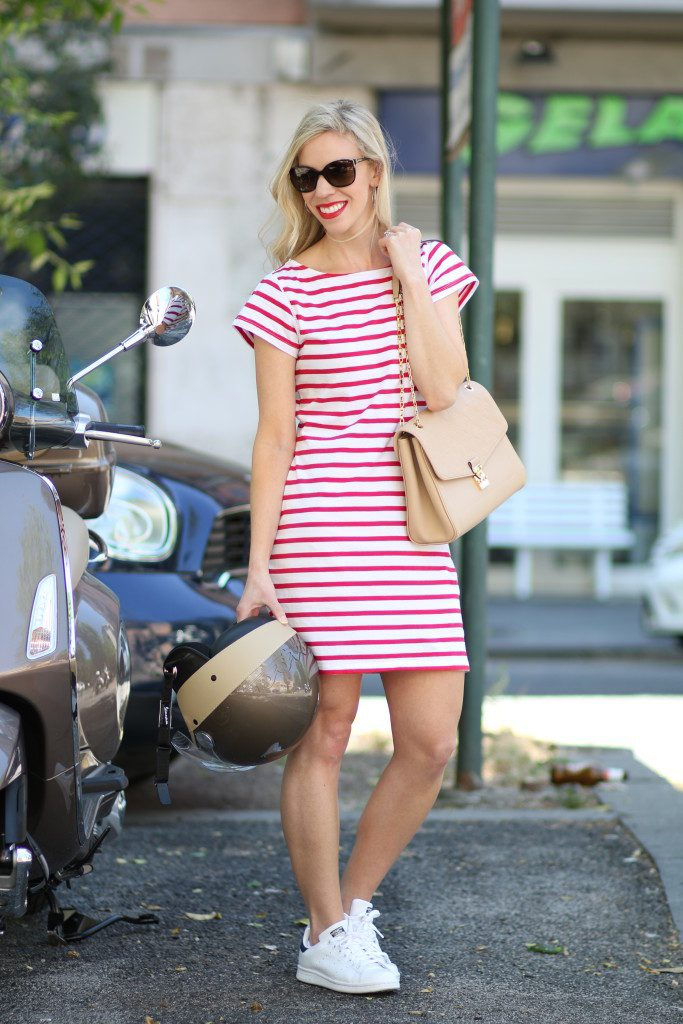 milly-for-kohls-red-stripe-tee-shirt-dress-adidas-white-and-navy-stan-smith-sneakers-louis-vuitton-st-germain-bag-dune-leather-vespa-style-italian-fashion-blogger-683x1024