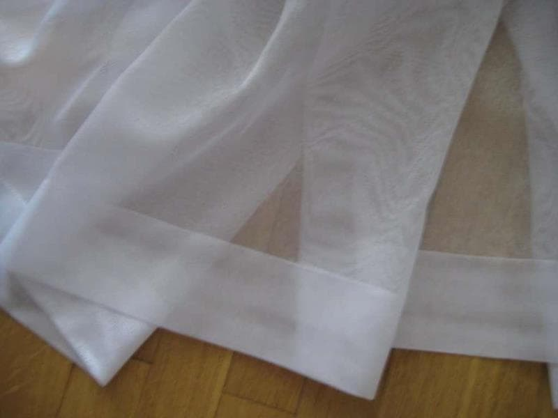 dvojnoj-podgib Как подшить тюль в домашних условиях. Как правильно подшить тюль с помощью ленты своими руками