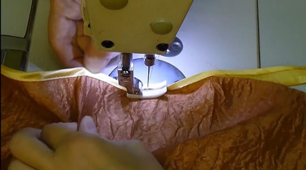 kosaya-bejka-shag-1 Как подшить тюль в домашних условиях. Как правильно подшить тюль с помощью ленты своими руками