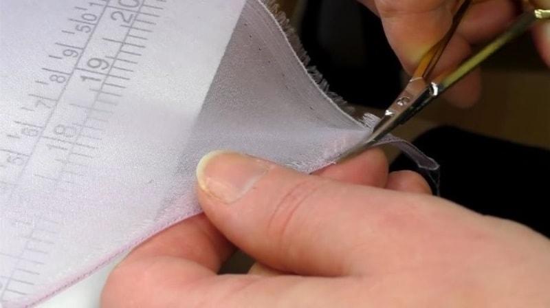 podrezaem Как подшить тюль в домашних условиях. Как правильно подшить тюль с помощью ленты своими руками